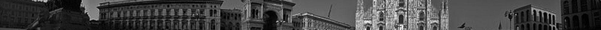 Panorama_of_Duomo_di_Milano_(Milano_2014)_(13218530595)_(2)3